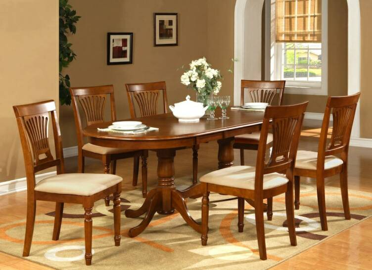 https://www.baydecorators.com/wp-content/uploads/photo-gallery/Dining-Room-Chairs-6.jpg